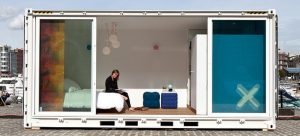 Accor Hotels crée un concept d'hébergement mobile avec des containers